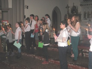 Young people participating in the Advent Service